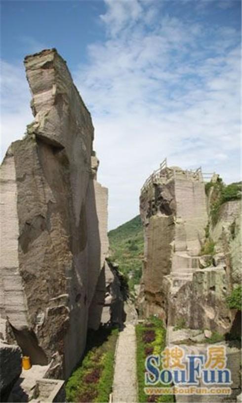双合石壁景区风景图
